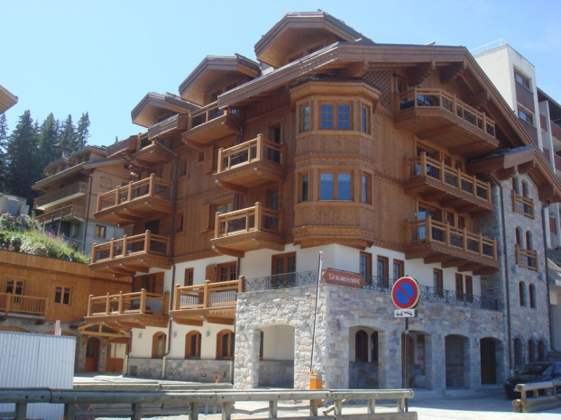 R sidence la vieille forge thura architecture for Architecte courchevel